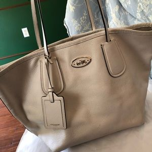 Off white authentic coach large tote